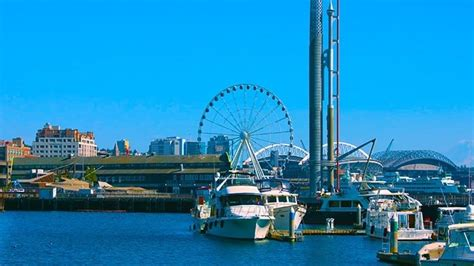 Partial collapse of Seattle's Pier 58 leaves two ...