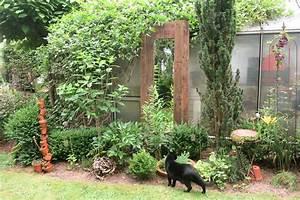 Spiegel Im Garten : gartenspiegel aus alten paletten kellerherz diy blog ~ Frokenaadalensverden.com Haus und Dekorationen