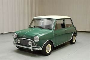 Mini Austin Cooper : 1967 austin mini cooper s coupe hyman ltd classic cars ~ Medecine-chirurgie-esthetiques.com Avis de Voitures