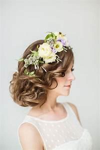 55 idees romantiques de coiffure mariage cheveux longs With chambre bébé design avec couronne fleur cheveux mariage