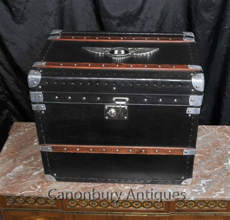 coffre de voiture en anglais bagages anglais bentley coffre de voiture steamer side box table