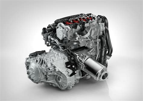 Volvo-drive-e-four-cylinder-engine_100436985_h.jpg
