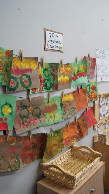 pre k tweets farmer s market vegetable stamping special 311 | 071b3cf18a437b1234af1eb0ece7f595 preschool garden vegetable crafts