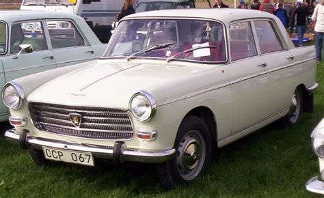 File:Peugeot 404 1966.jpg - Wikimedia Commons