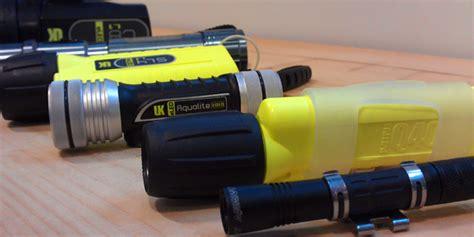 Zemūdene.: Kas jāatcer lietojot zemūdens lukturus