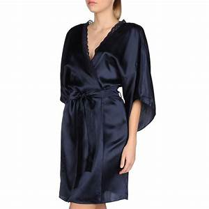 Clara whispering robe stella mccartney for Robe stella mccartney