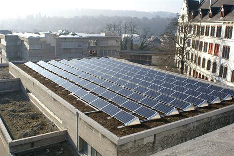 Solaranlagen Auf Dem Dach Gefahren Und Probleme by Welche Dachformen Sind F 252 R Photovoltaik Anlagen Geeignet