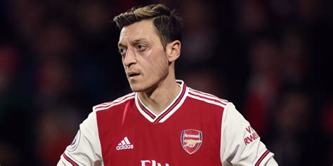 Arteta keen for Ozil situation to be resolved 'one way or ...