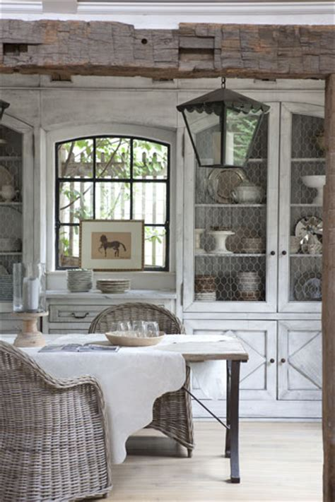 Interior That Beams With A Rustic Ambiance Decoholic