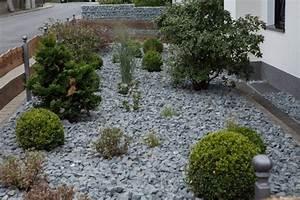Bäume Für Steingarten : steingarten vor dem haus steingarten vor dem haus kunstrasen garten nowaday garden ~ Sanjose-hotels-ca.com Haus und Dekorationen