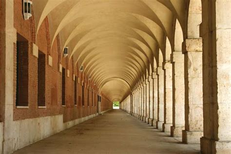 barrel groin vaulted ceilings barrel vault architecture britannica