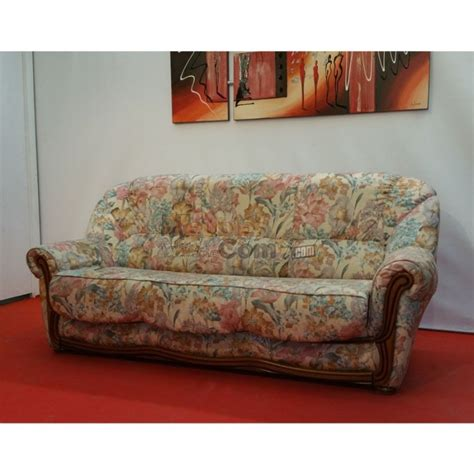 canapé anglais tissu fleuri canapé lit convertible tissu fleuri bois apparent couchage 140 cm n127