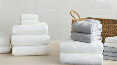 How To Fold Bath Towels- Martha Stewart