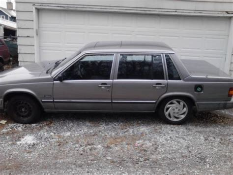 buy   volvo  gl sedan  door   duluth