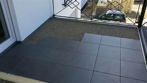 Platten Für Balkon : terrasse holz auf betonplatten ~ Lizthompson.info Haus und Dekorationen