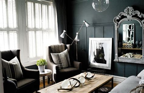 10 Black Rooms  Dreaming Of June