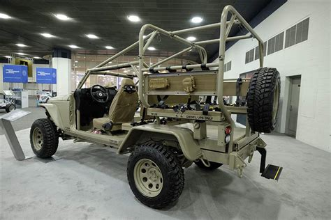 jeep wrangler military contractor shoots for battle ready jeep the blade