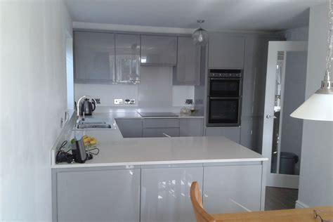 dark grey gloss kitchen gray gloss kitchen cabinets