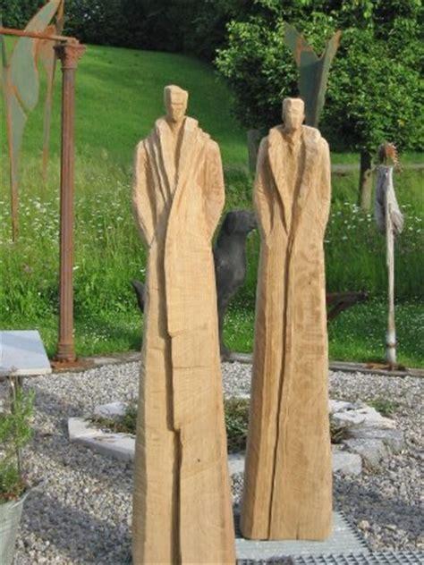 skulpturen aus holz stahl skulpturen