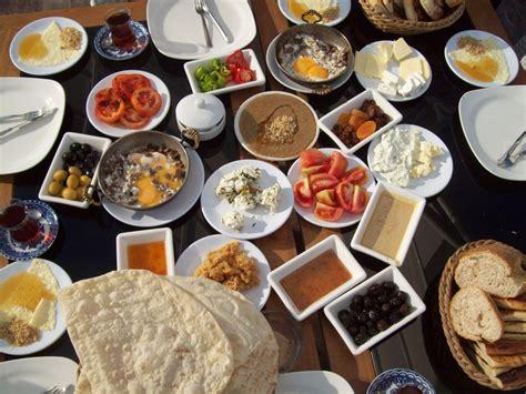cuisine egyptienne breakfast kahvaltı balkon 3