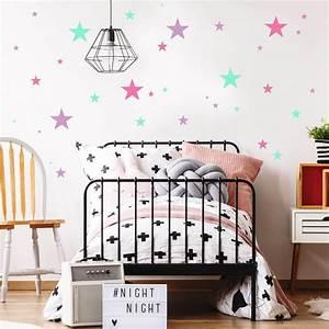 Sterne Deko Kinderzimmer : deko sterne 75 aufkleber im set rosa mint wandtattoo ~ Markanthonyermac.com Haus und Dekorationen