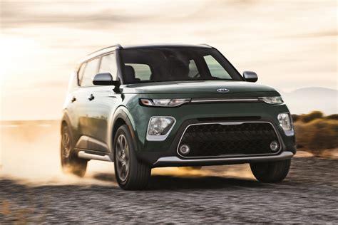 kia jeep 2020 edmunds compares 2020 kia soul and jeep renegade