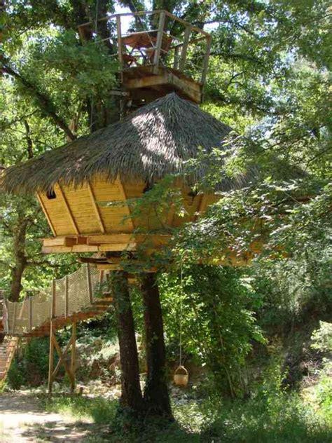 chambre d hotes dans les arbres les cab 39 ânes du varon cabanes dans les arbres chambre