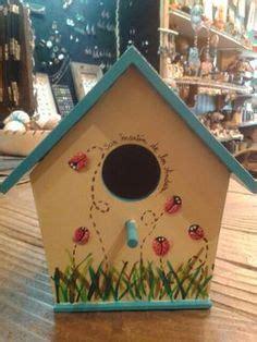 cute   diy birdhouse paint    birds  designs  match  garden