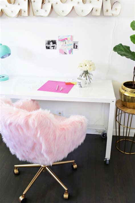 glam diy office chair makeover  faux fur shelterness