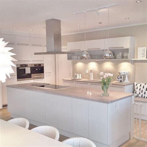 cuisine monsieur bricolage cocinas modernas ideas de decoración decóralos