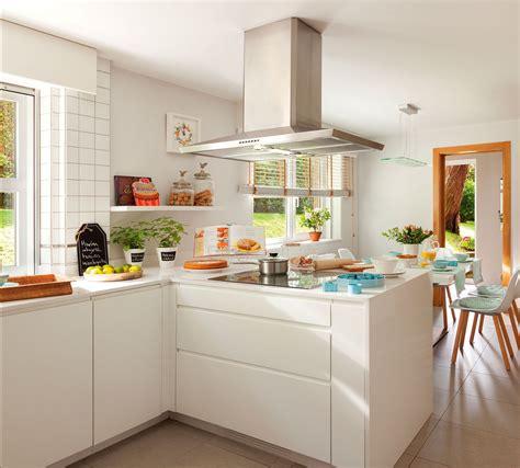 espacio familiar fresco  moderno en  cocinas