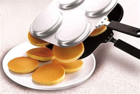 Picture Perfect Pancake Pan And Omelette Pan