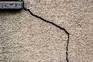 Reparer Grosse Fissure Mur Exterieur : reboucher une fissure de maison ~ Melissatoandfro.com Idées de Décoration