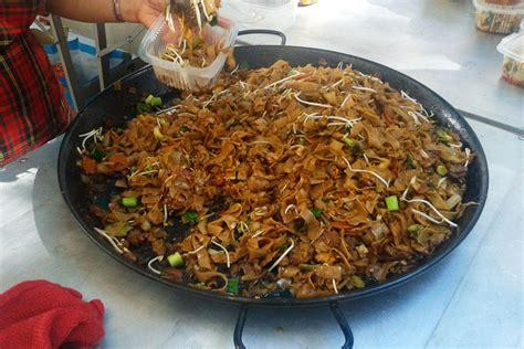 cuisine thailandaise traditionnelle cuisine thaïlandaise pézenas présentation de thaï