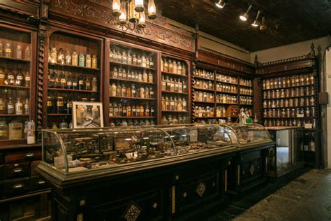 pharmacy museum  orleans attraction
