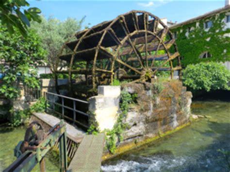 l water wheel water wheels in l isle sur la sorgue provence