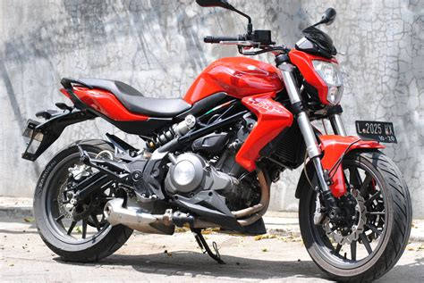 Benelli Tnt 250 Modification by Tes Harian Benelli Tnt 250 2 Masih Enak Diajak Macet