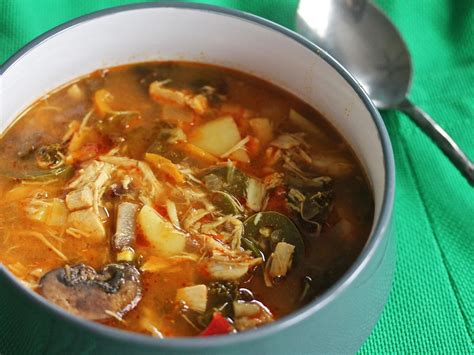 I once was a curry powder snob, as the amount of curry powder called for in this recipe can be increased if you want a stronger flavor. Slow-Cooker Red Curry Soup With Chicken and Kale Recipe ...