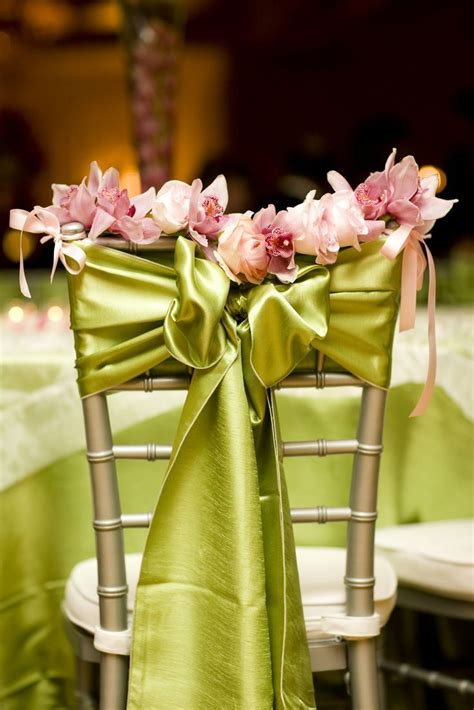 decorations de chaises de mariage  tomber idee