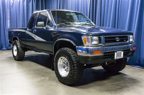 Toyota 4x4 For Sale by Used 1993 Toyota Tacoma Deluxe 4x4 Truck For Sale 38153c