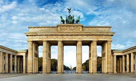 Resultado de imagem para portão de brandemburgo-berlim
