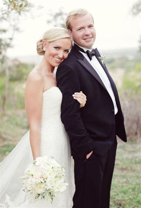 1000 Ideas About Wedding Photography Poses On Pinterest