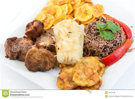 cuisine cubaine cuisine cubaine traditionnelle photos libres de droits image 38373148