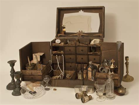 globe cabinet de curiosite cabinet de curiosit 233 m pour bijoux petites curiosit 233 s christophe mazuyet petites curiosit 233 s
