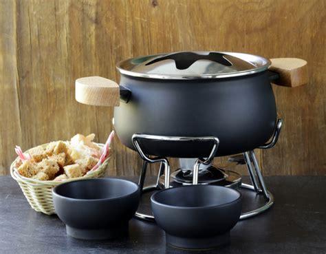 10 alternate uses for your fondue pot mental floss