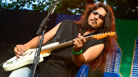 Hear Los Lonely Boys' 'born On The Bayou' From New