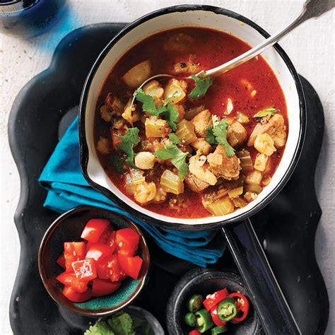 cuisine mexicaine traditionnelle pozole de porc aux piments verts châtelaine