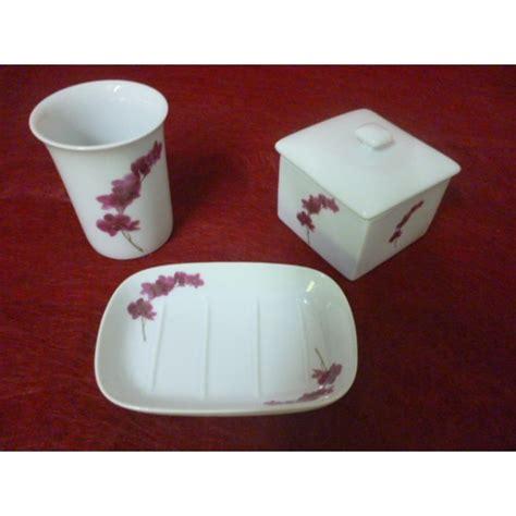 porcelaine de salle de bain porcelaine de salle de bain 28 images vasques salle de bain avec feutre pour porcelaine