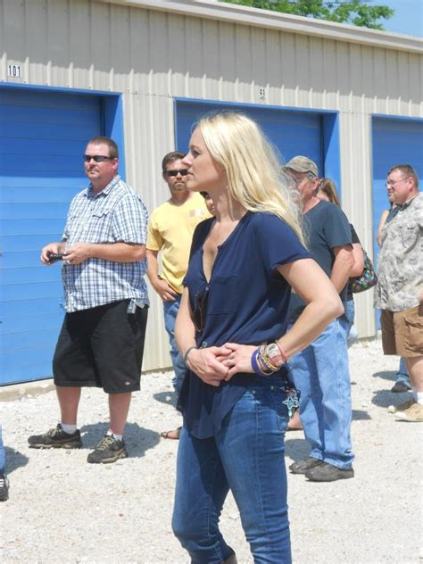 Naked Jenny Grumbles In Storage Wars Texas