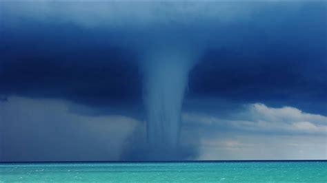 waterspouts  lake michigan full video